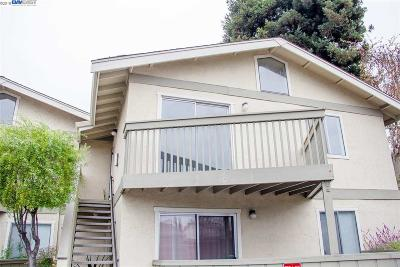 San Leandro Condo/Townhouse For Sale: 894 Lewelling Blvd #6