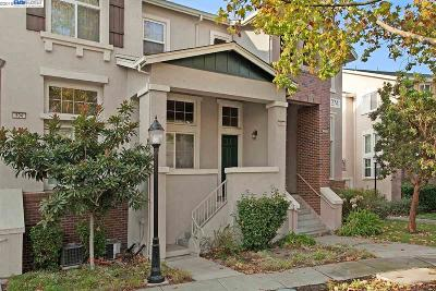 Livermore Condo/Townhouse For Sale: 274 Wood St #505