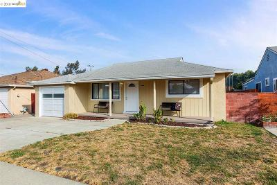 San Lorenzo Single Family Home For Sale: 17452 Via La Jolla