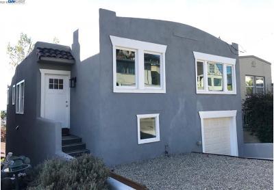 Oakland Single Family Home For Sale: 3715 Virden Ave