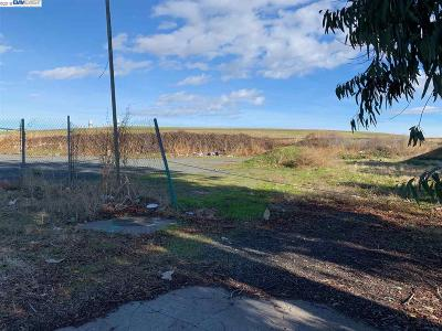 Pittsburg Residential Lots & Land For Sale: 1000 Harbor St