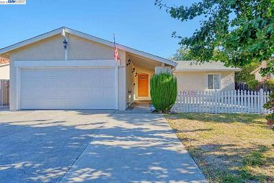 Union City Single Family Home For Sale: 35044 Hollyhock St