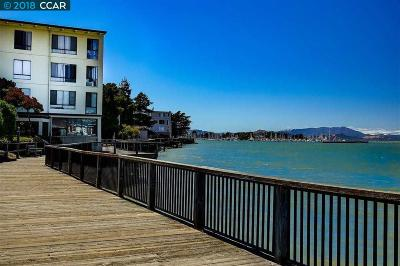 Emeryville Condo/Townhouse For Sale: 6 Admiral Dr #A279