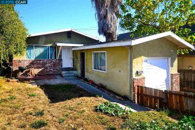 Martinez Single Family Home For Sale: 1058 Plaza Dr