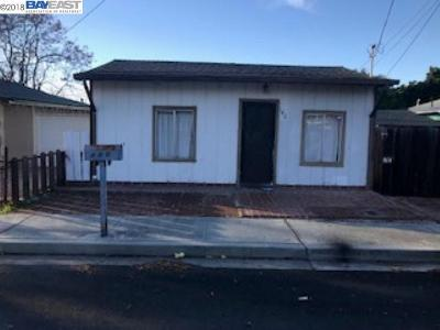Fremont Single Family Home For Sale: 146 Sycamore Street