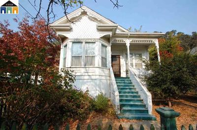 Port Costa CA Single Family Home New: $430,000