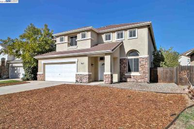 Tracy Single Family Home Pending Show For Backups: 941 Wheat Court