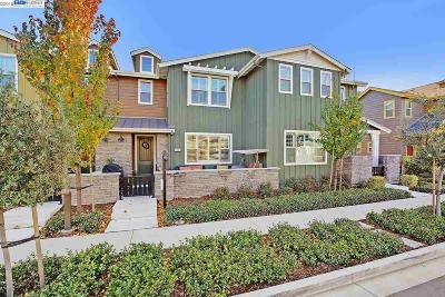 Livermore Condo/Townhouse For Sale: 283 Fennel Way