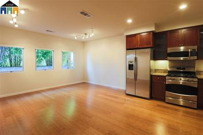Emeryville Condo/Townhouse Active - Contingent: 6466 Hollis #226