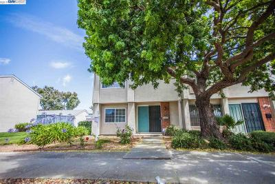 Union City Condo/Townhouse Pending Show For Backups: 4110 Asimuth Cir
