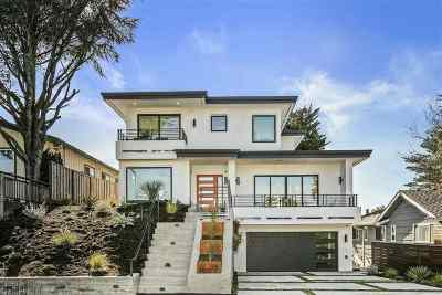 Oakland Single Family Home For Sale: 2207 Manzanita Dr