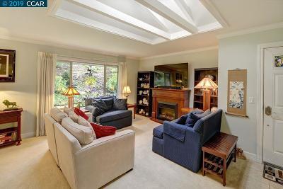 Walnut Creek Condo/Townhouse For Sale: 2925 Ptarmigan Dr. #2