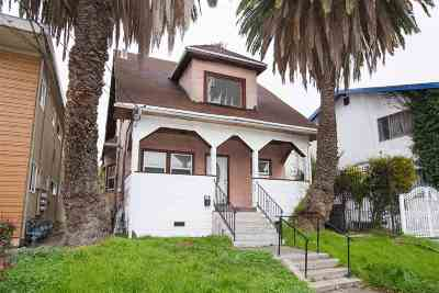 Oakland Single Family Home For Sale: 812 37th St