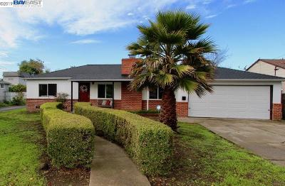 Hayward Single Family Home New: 25033 Muir St.