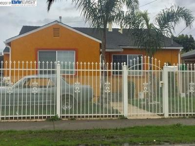 Oakland Single Family Home For Sale: 912 90th Ave