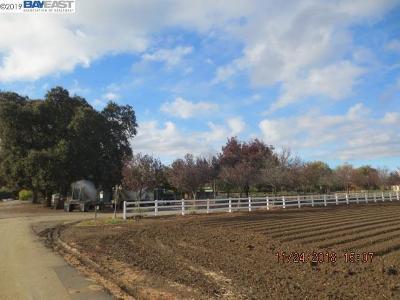 Byron Single Family Home Active-Reo: 3335 Kellogg Creek Rd