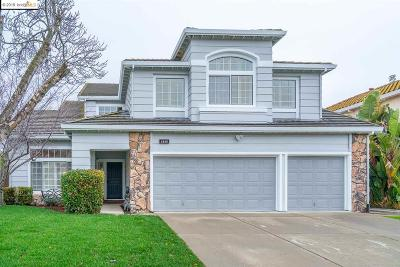 Antioch Single Family Home For Sale: 2605 Larch Way