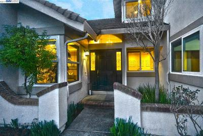 Moraga Single Family Home New: 1 Peralta Court
