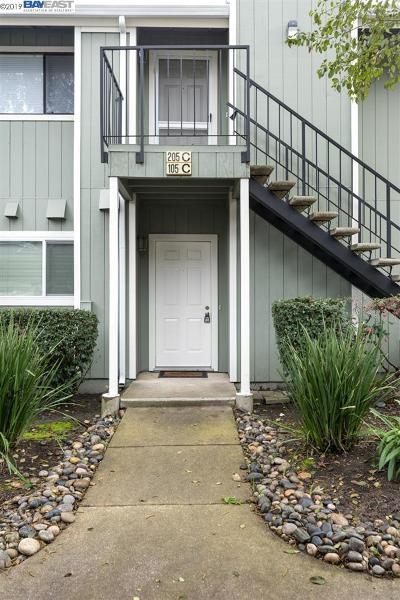 Danville, San Ramon Condo/Townhouse For Sale: 105 Compton Cir #C