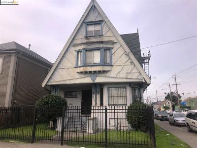 Single Family Home For Sale: 2049 Market St