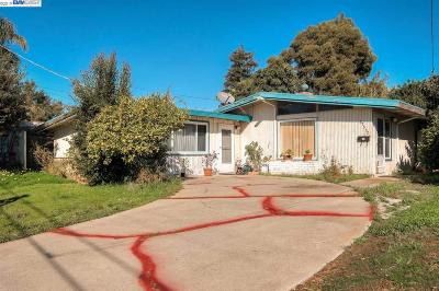 Alameda County Single Family Home New: 27552 Orlando Ave