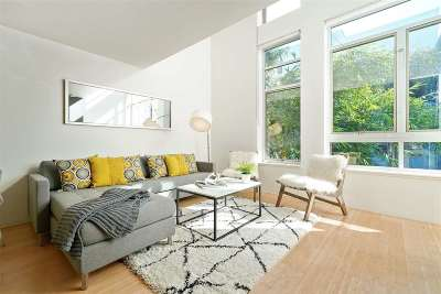 Condo/Townhouse Pending Show For Backups: 1201 Pine Street #322