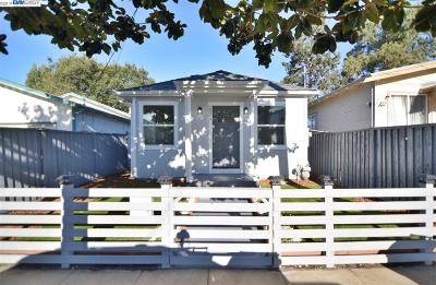 Oakland Single Family Home For Sale: 2025 81st Ave