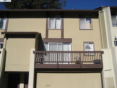 Hayward Condo/Townhouse For Sale: 1782 Gazelle Way