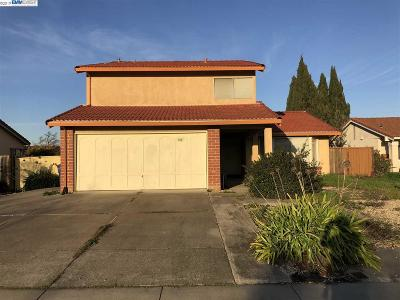 Union City Single Family Home Pending Show For Backups: 5017 Anaheim Loop