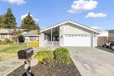 Ripon Single Family Home Pending Show For Backups: 637 California St