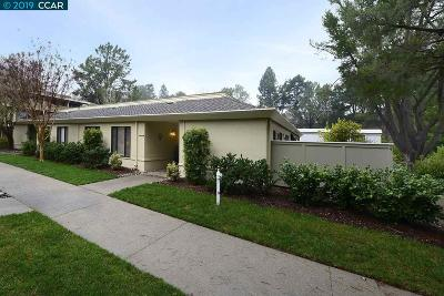 Walnut Creek Condo/Townhouse For Sale: 1425 Oakmont Dr #4
