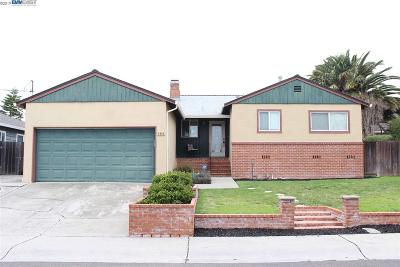 Castro Valley Single Family Home For Sale: 4334 Circle Ave