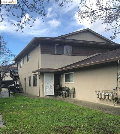 Contra Costa County Condo/Townhouse For Sale: 2300 Peppertree Way #2