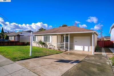 Fremont Single Family Home For Sale: 43151 Starr St