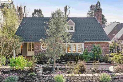 Oakland Single Family Home For Sale: 5117 Harbord Dr