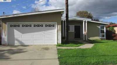Hayward Single Family Home For Sale: 428 Rousseau Street