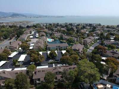 Richmond Condo/Townhouse For Sale: 176 Shoreline Ct