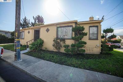 Oakland Multi Family Home For Sale: 10605 Royal Ann St