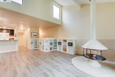 Alameda CA Condo/Townhouse New: $675,000