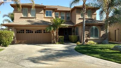 Discovery Bay Single Family Home New: 5461 Fairway Ct