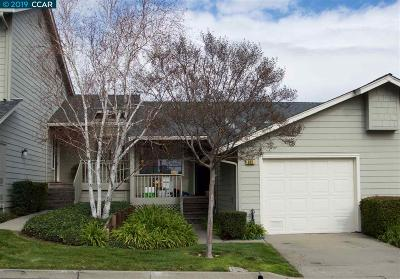 Condo/Townhouse New: 515 Bustos Pl