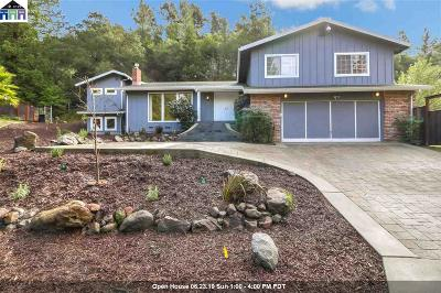 Orinda Single Family Home For Sale: 52 Muth