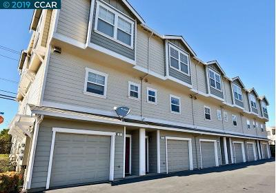 Martinez CA Condo/Townhouse New: $429,998
