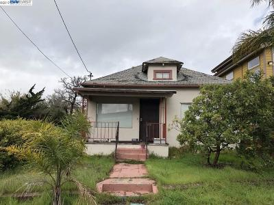 Oakland Single Family Home Active-Reo: 980 Stanford Avenue