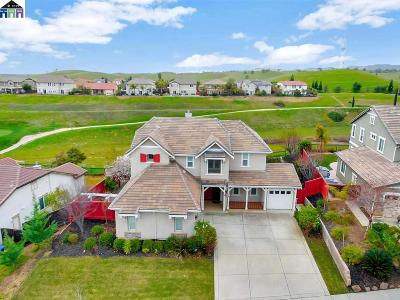 Brentwood Single Family Home Active - Contingent: 2886 Spanish Bay