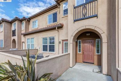Livermore Condo/Townhouse Pending Show For Backups: 60 Meritage Common #104