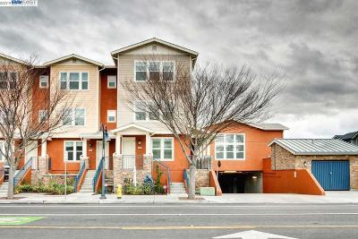 Fremont Condo/Townhouse For Sale: 4018 Central Ave #104