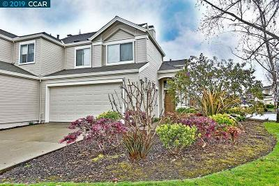 Alameda Condo/Townhouse For Sale: 2 Benedict Ct