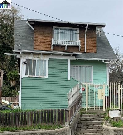 Oakland Single Family Home Pending: 2657 23rd Ave