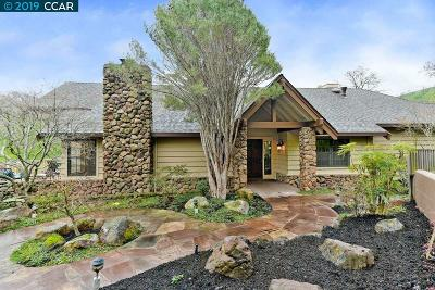 Walnut Creek Single Family Home For Sale: 2261 Deer Valley Lane